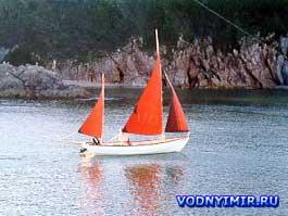 Проект лодки «Дрэскомб» для самостоятельной постройки. Моторно-парусная дори «Дрэскомб»