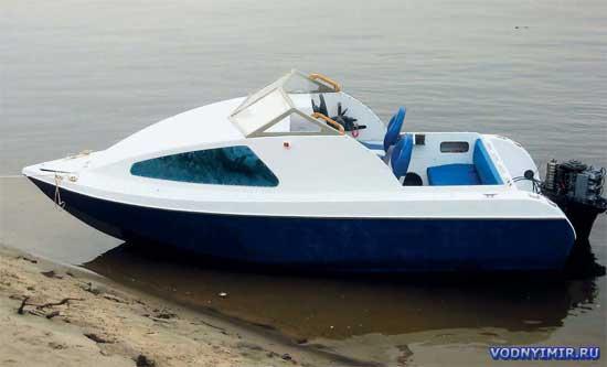 Мотолодка «Север 520» - проект моторной лодки с каютой для самостоятельной постройки