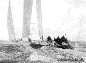 Яхты на выходе из пролива Те-Солент